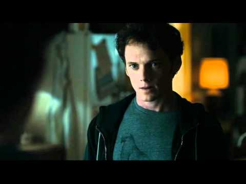 FRIGHT NIGHT 2011 trailer italiano