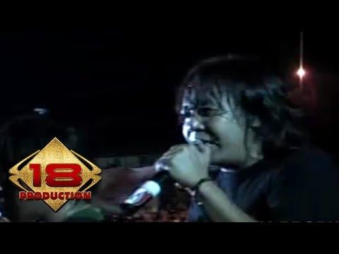 Ari Lasso - Cinta Buta   (Live Konser Pontianak 27 Oktober 2006)