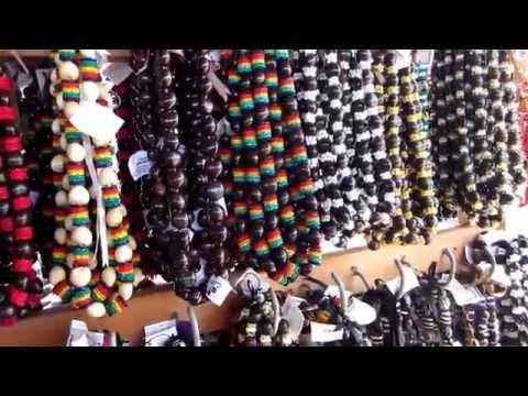 Vlogust Day 13: Shopping at Aloha Stadium Swap Meet! #BattenVEDA #SSSveda