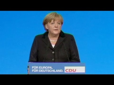 Merkel calls for political union in Europe