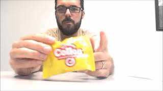 Munchpak Snack Review: Crispy Waffle Roll With Vanilla Cream - Collon - Candy