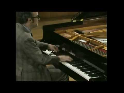 Alfred Brendel - Schubert - Drei Klavierstücke, D 946