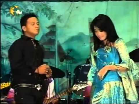 Putra Buana~ Farid A   Nia A S  Saling Sayang   YouTube