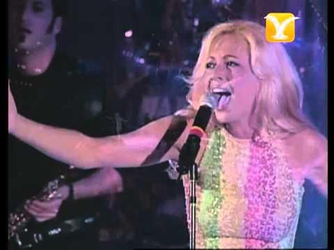 Marta Sánchez, Vivo Por Ella, Festival de Viña 1998