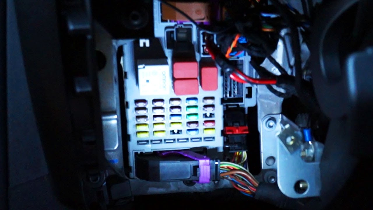 obd2 wiring diagram 2002 ford expedition fuse panel fiat bravo ii port fuses relays location youtube