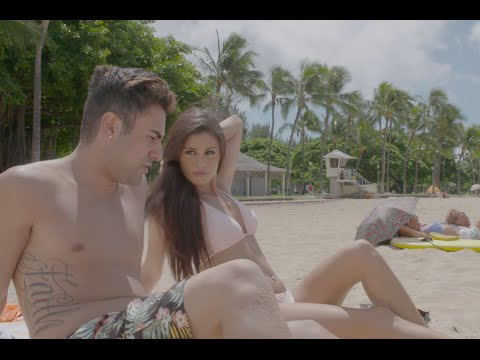 George Janko's Blind Date in Hawaii | Love at First Flight