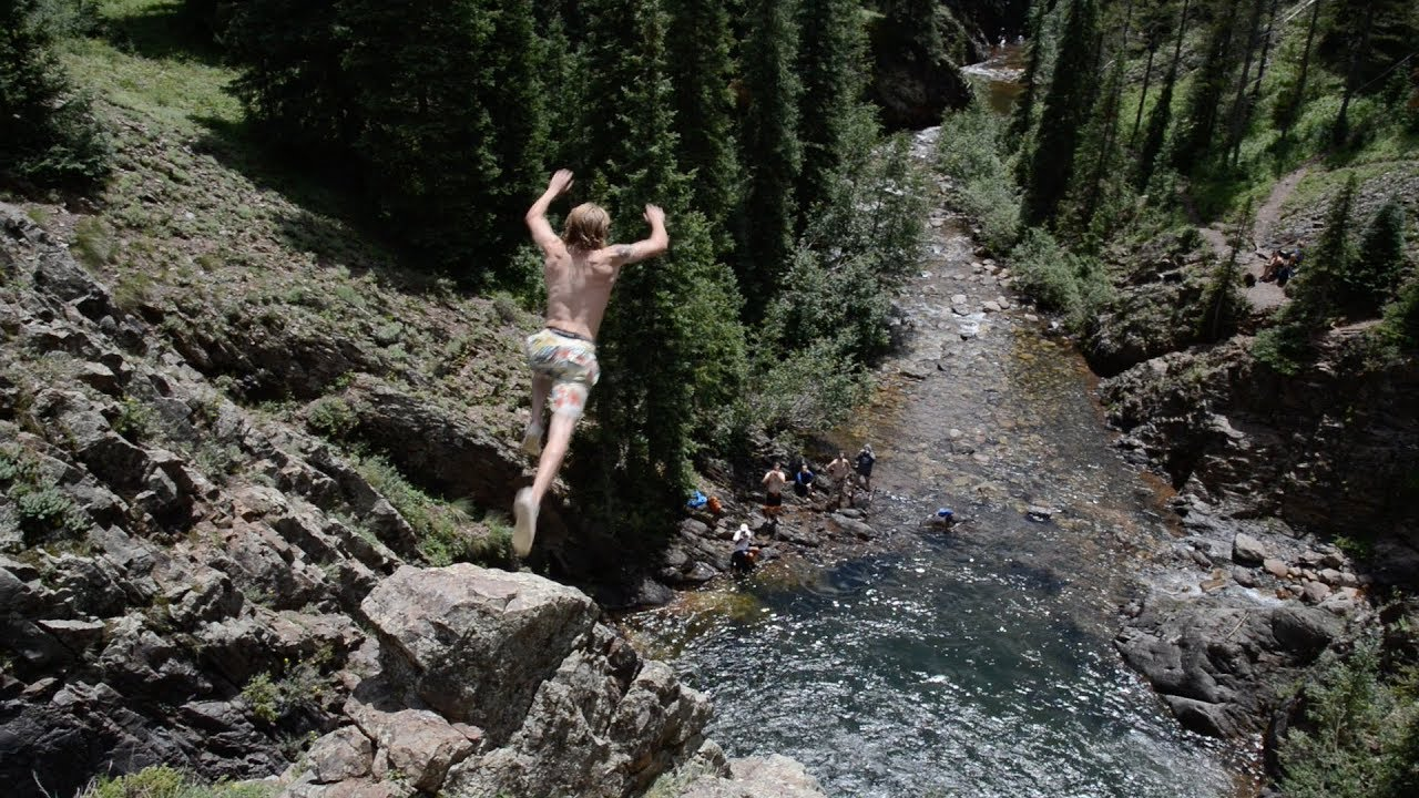These cliff jumps near Durango are stunning, but dangerous
