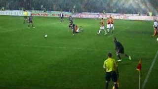 Gol de Cavenaghi  Galatasaray 4 -3 Girondins de Bordeaux ( Copa de UEFA 3th leg )