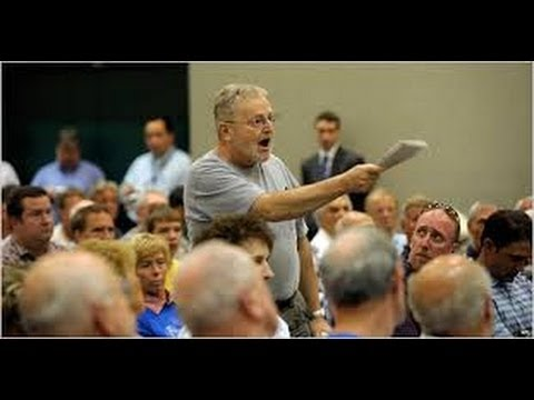 Report: GOP Plants Questions At Town Hall Meetings