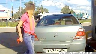Russian women driving part 9 ✦ Woman car crashes ✦ Girls driving fails(, 2016-06-24T13:45:59.000Z)