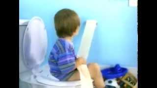 P&G - Pampers Kandoo Hygiene Training - King of The Throne - Commercial - 2010