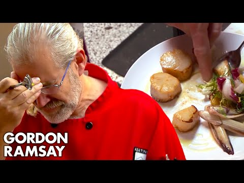 Download Youtube: Head Chef Cries When He Tastes Gordon's Food | Hotel Hell