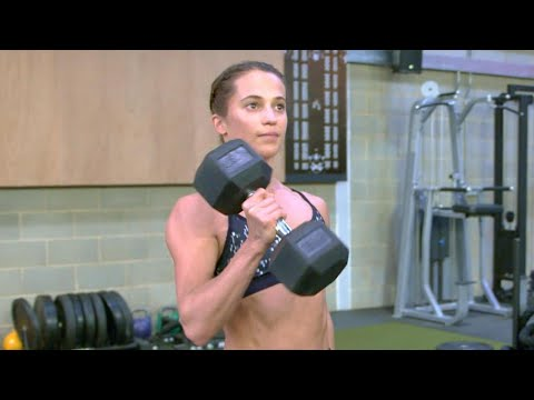 Alicia Vikander Gained 12 Lbs of Pure Muscle for 'Tomb Raider' Using This Workout and Diet