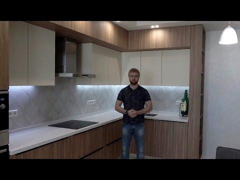 Кухня угловая под потолок с антресолями. Столешница из искусственного камня. Фур-ра Blum. Кухни Киев