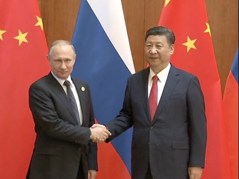 """China, Russia Play Role of """"Ballast Stone"""" in World Peace, Stability: Xi Jinping"""