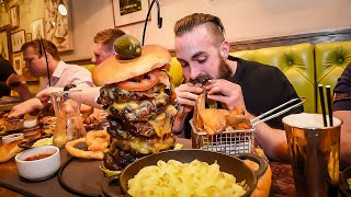 UK MAN V FOOD
