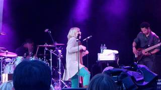 A Little Too Much - Natasha Bedingfield in concert