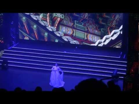 120623 [HD FANCAM]  Park Sul Nyeo Hanbok Fashion Show - Salpuri (Korean Shamanic Dance)