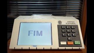Eleitores reclamam de fraude nas urnas durante as eleições, TSE nega