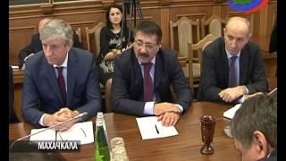 Председатель НС Хизри Шихсаидов провел встречу с бизнесменами республики