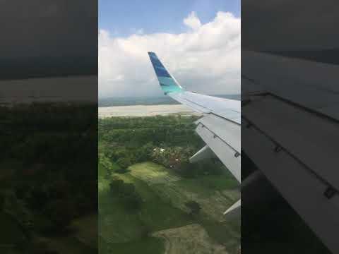 Landing in lombok international airport januari 2018