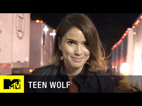 Teen Wolf (Season 5) | Shelley Hennig Pranks Dylan O'Brien | MTV
