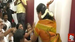 Dmk - Admk Women Councillors exchange blows in Coimbatore
