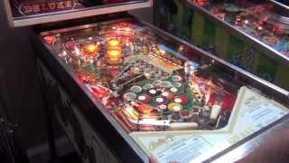 Gambar cover Eight Ball Deluxe Pinball Machine (Bally 1981)