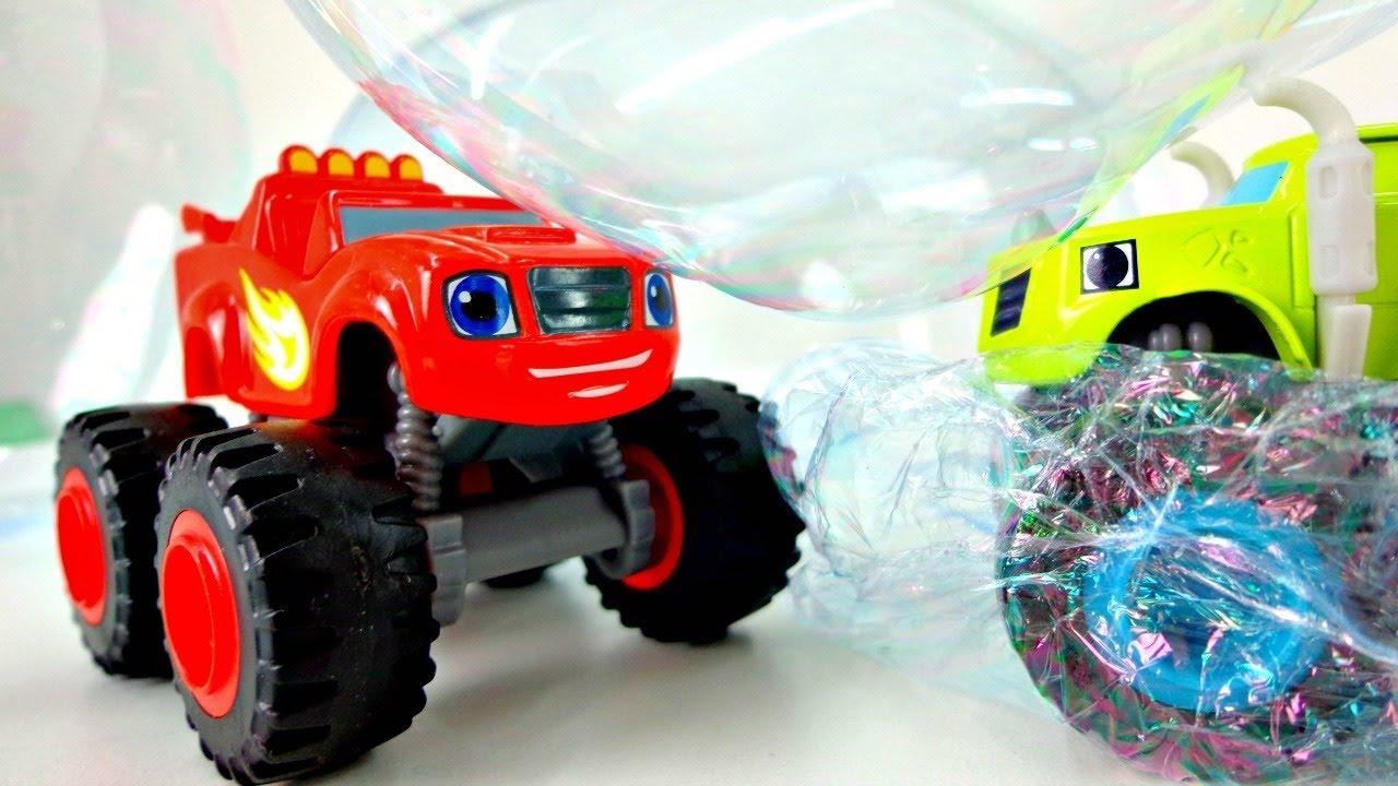 Le mega macchine blaze crusher giocano con le bolle di for Cartoni blaze