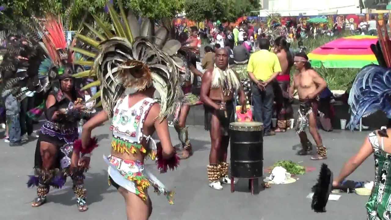 danza azteca bailando