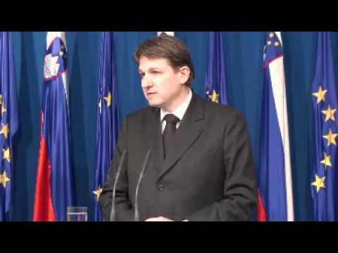 6. redna seja Vlade RS - novinarska konferenca (vir: Vlada RS)