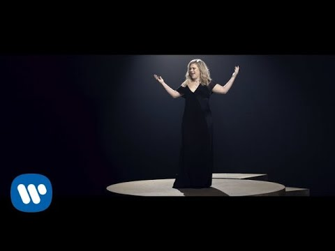 Kelly Clarkson I Dont Think About You Official Video Youtube