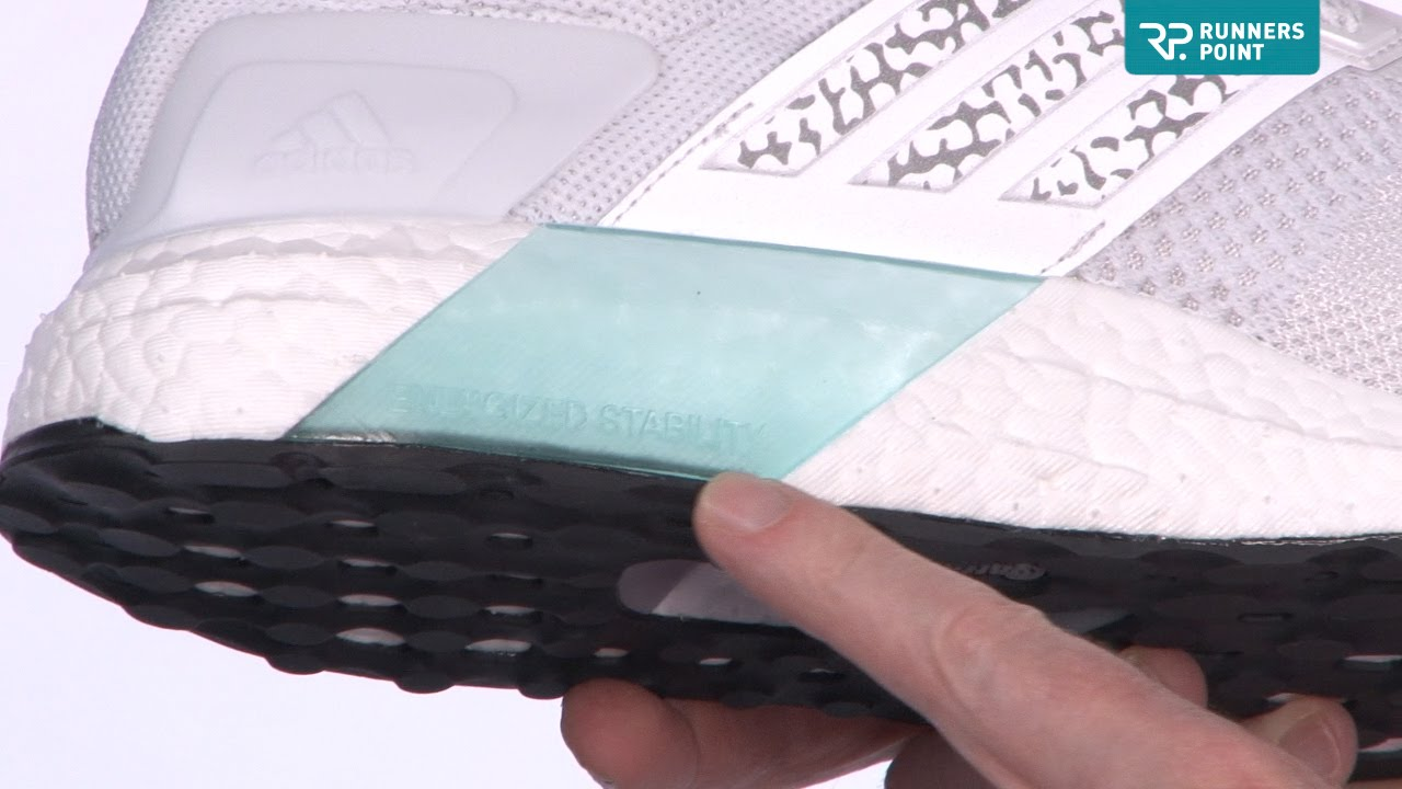 purchase cheap 88079 0c568 adidas ULTRA BOOST ST GLOW