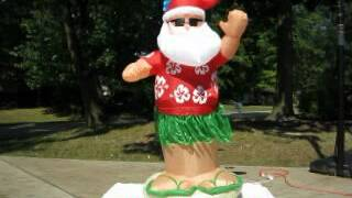 Gemmy Animated Airblown Inflatable Santa Dancing The Hula
