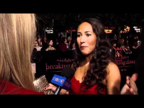 Marisa Quintanilla At 'Breaking Dawn Part 1' World Premiere