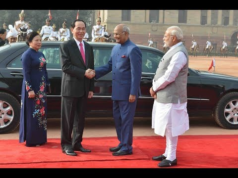 President Kovind accorded a ceremonial welcome to President Tran Dai Quang of Vietnam