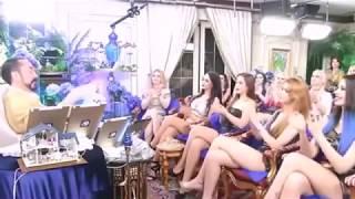 Adnan Oktar karşısına 18 kedicik oturtup canlı yayın yaptı!!! +18