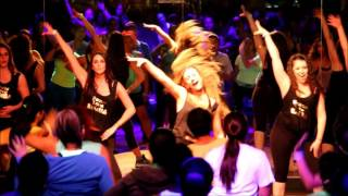 Zumba Instructor Briana Booth: Shake Señora @pitbull