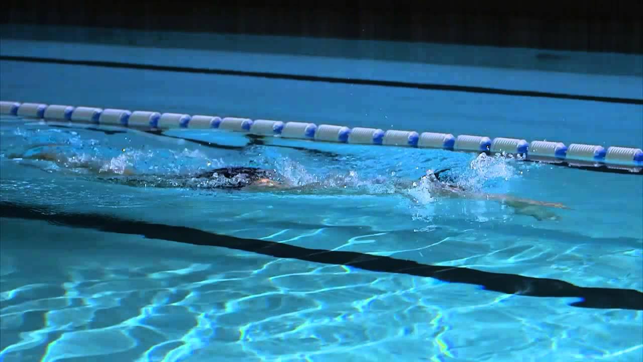 コツ 泳ぐ クロール 速く
