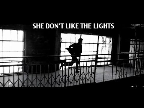 Justin Bieber - She Don't Like The Lights (Music Video)
