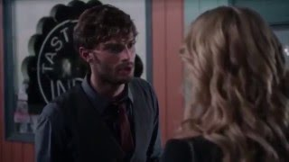 Graham kisses Emma [1x07] (Graham, Emma, and more)