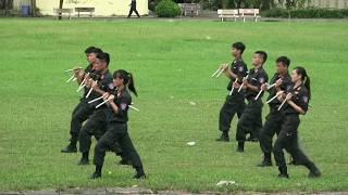 Nữ cảnh sát đặc nhiệm Việt Nam - Những bông hoa thép