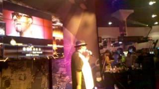 DefJam Rapstar at E3 2010