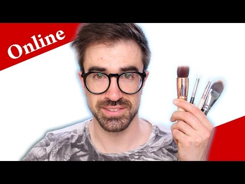 What is your PERSONAL ONLINE MAKEUP artist?