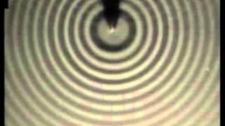 物理基礎31発展 物理** 2002波源を一直線に並べてホイヘンスの原理