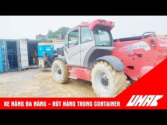 Xe nâng hàng rút container