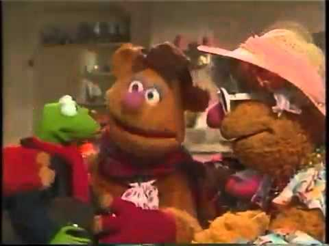 Muppet Family Christmas.A Muppet Family Christmas 1987 1 5