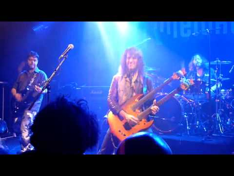 Bumblefoot live @ the Forum - shadow - Paris, 12/01/14