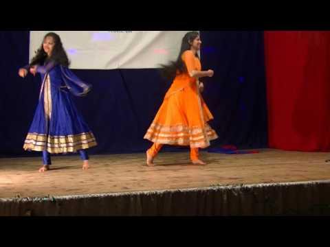 Dhum Dhum Dhooreyetho   dance by Jorina & Neethu SMCA 2016
