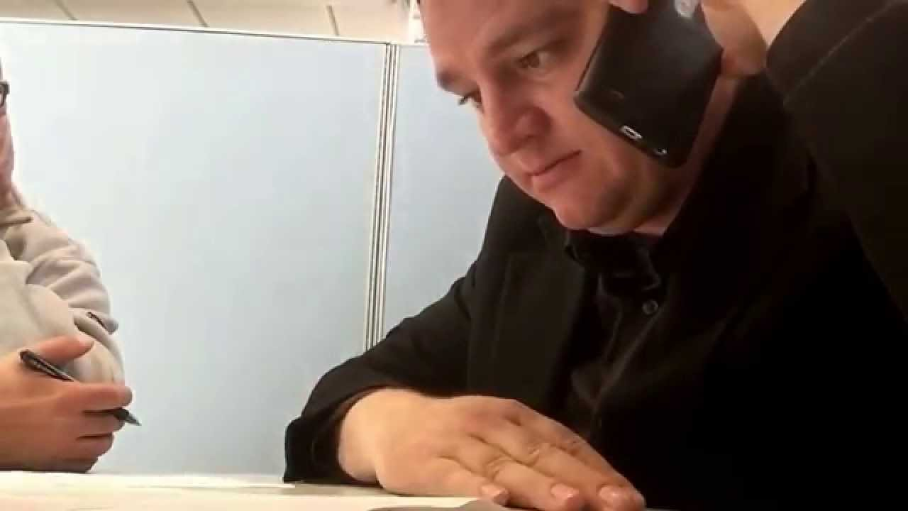 how to establish a follow up call after a s presentation 2016 sellchology jonathan dawson making a follow up call and inviting a customer back in